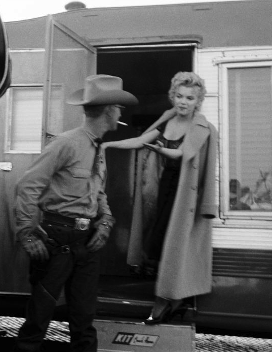 Marilyn on the set of Bus Stop, 1956. Photo by Dennis Stock.
