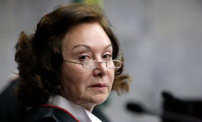 Folha Política: Corregedora do CNJ nega pedidos do governo para afastar Moro e proibir divulgação de grampos  http://w500.blogspot.com.br/