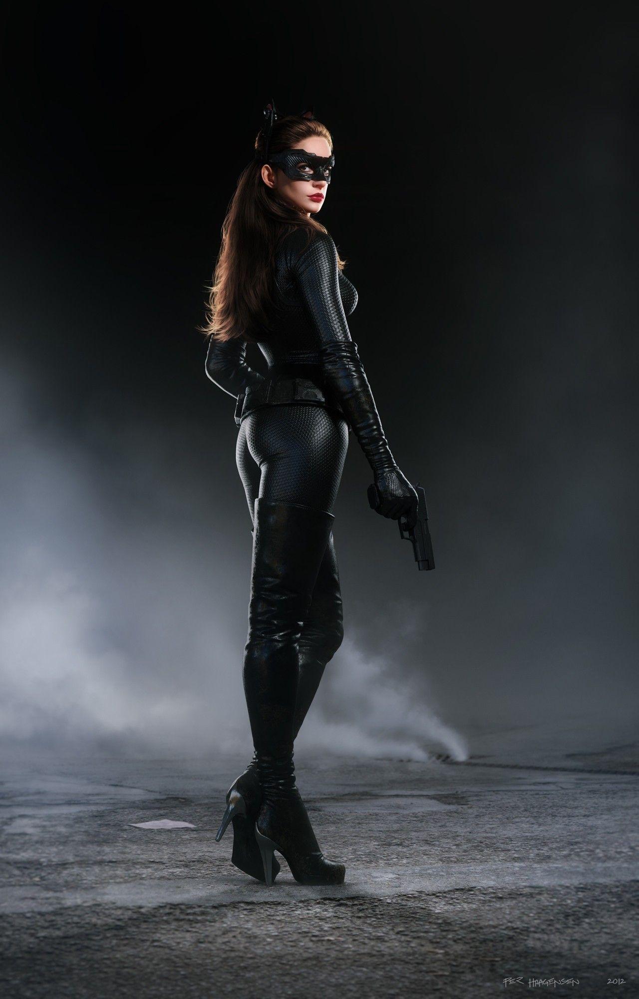 Anne hathaway batman