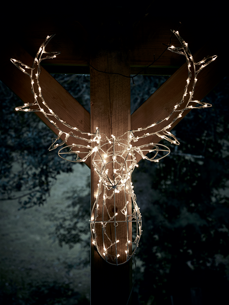 magical light up deer head