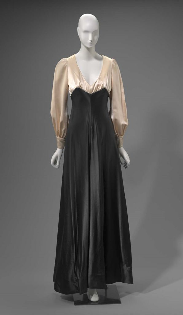 1970s America Womans Evening Dress By Arnold Scaasi Silk Satin