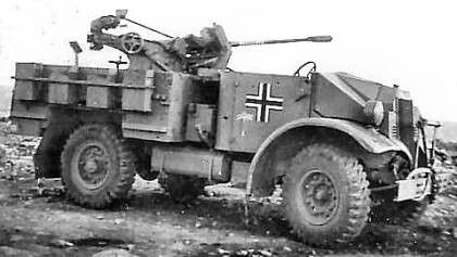 The conversion shown here served the Deutsches Afrikakorps starting in 1942, the eight ammunition boxes for the 20-round magazines were carried externally, as they were on the standard German 1-ton self-propelled half-track mounting.