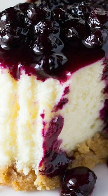 Lemon Cheesecake with Blueberry Compote #cheesecake