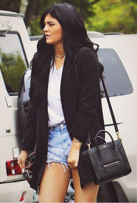Kourtney Kardashian  nackt