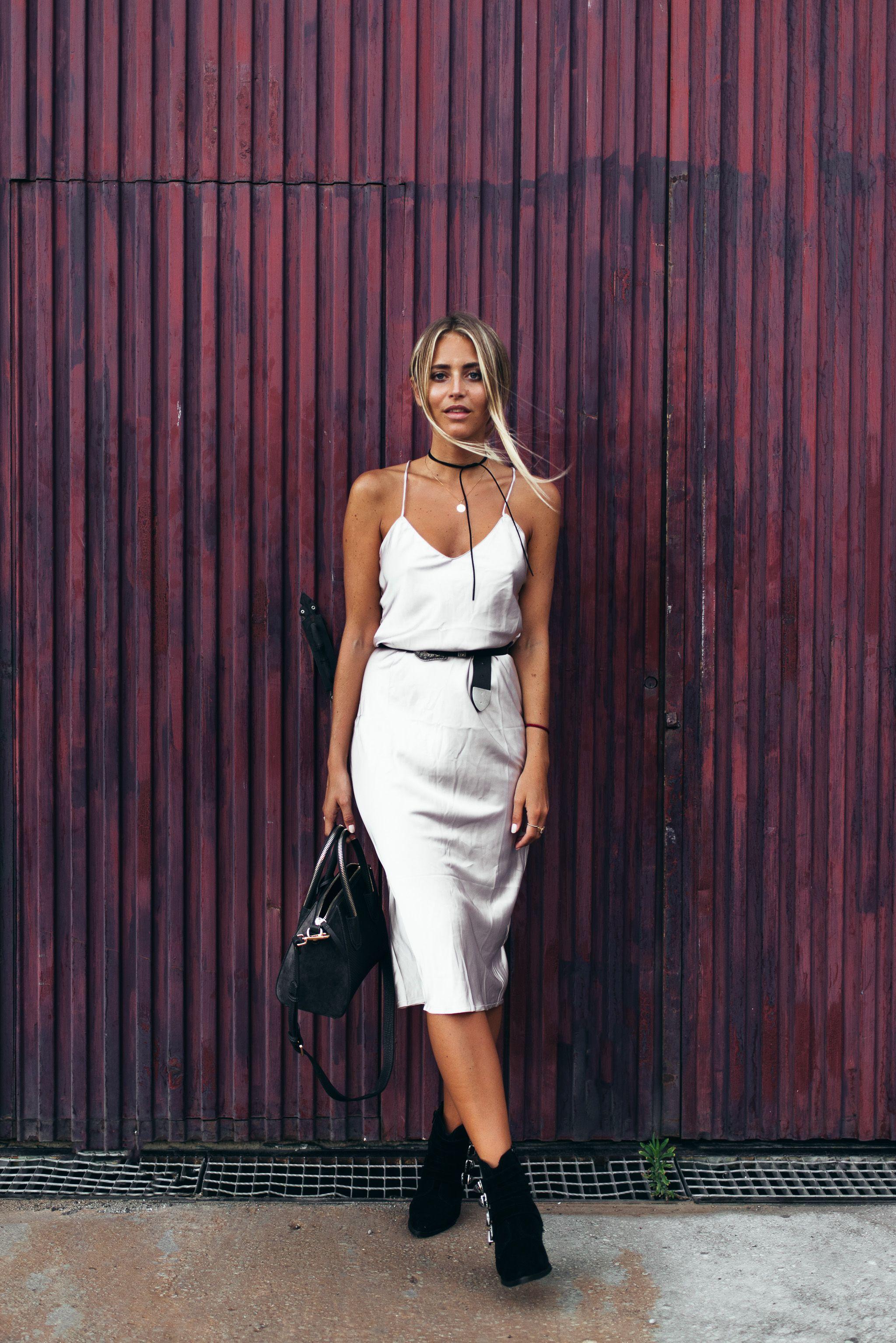 b05e0aa76364f Na-kd choker (here!)  Verge girl dress (here!)  Nelly belt  Leowulff ...