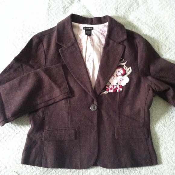embroidered floral romantic boho tweed blazer XL flower embroidery whimsical, flirty, romantic tweed brown blazer (juniors?) XL - perfect for fall  F.A.N.G. Jackets & Coats Blazers