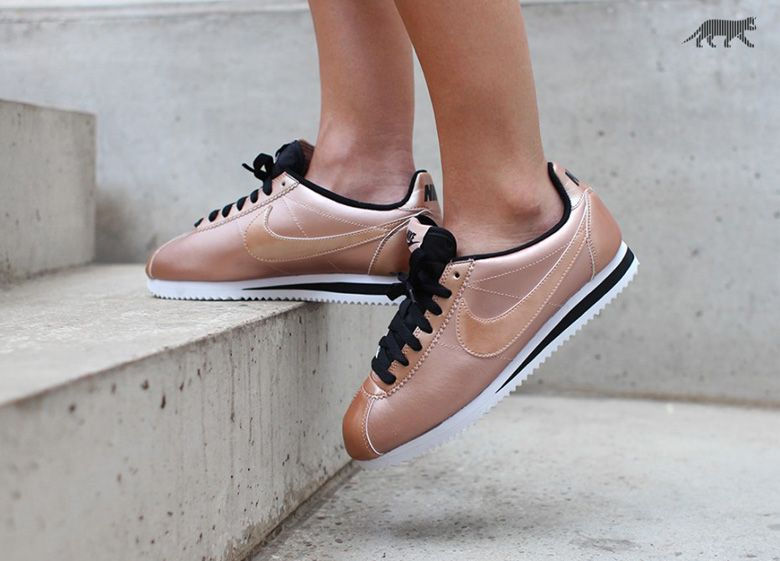 Chaussure »Sneakers Bronze Leather Nike « Cortez g7y6bfY