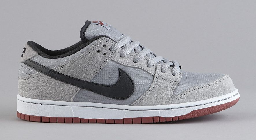 Nike SB Dunk Low - Wolf Grey - Anthracite - Light Redwood ... d9049796f2c55