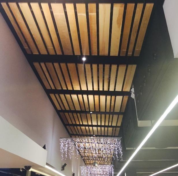 Techo de listones de madera buscar con google ceilings - Techos de corcho ...