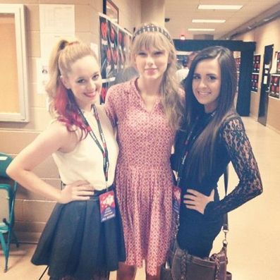 Megan and Liz Mace + Taylor swift :)