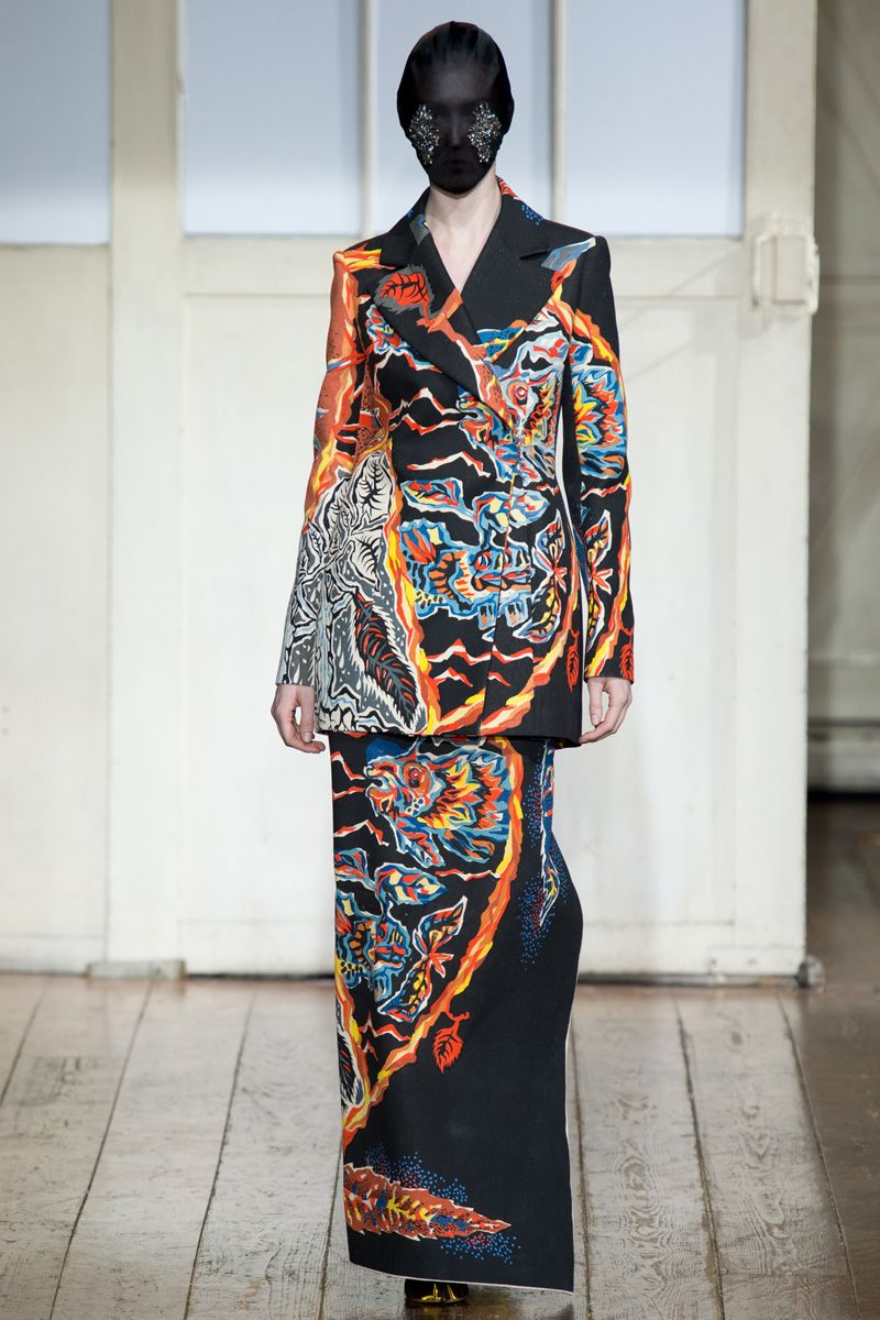 Maison Martin Margiela Spring 2014 Couture - Review - Vogue#/collection/runway/spring-2014-couture/maison-martin-margiela/17