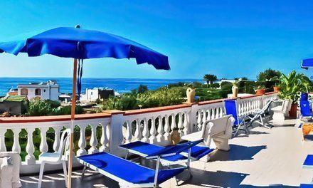 Vacanza coupon Ischia 3 o 7 notti con mezza pensione e