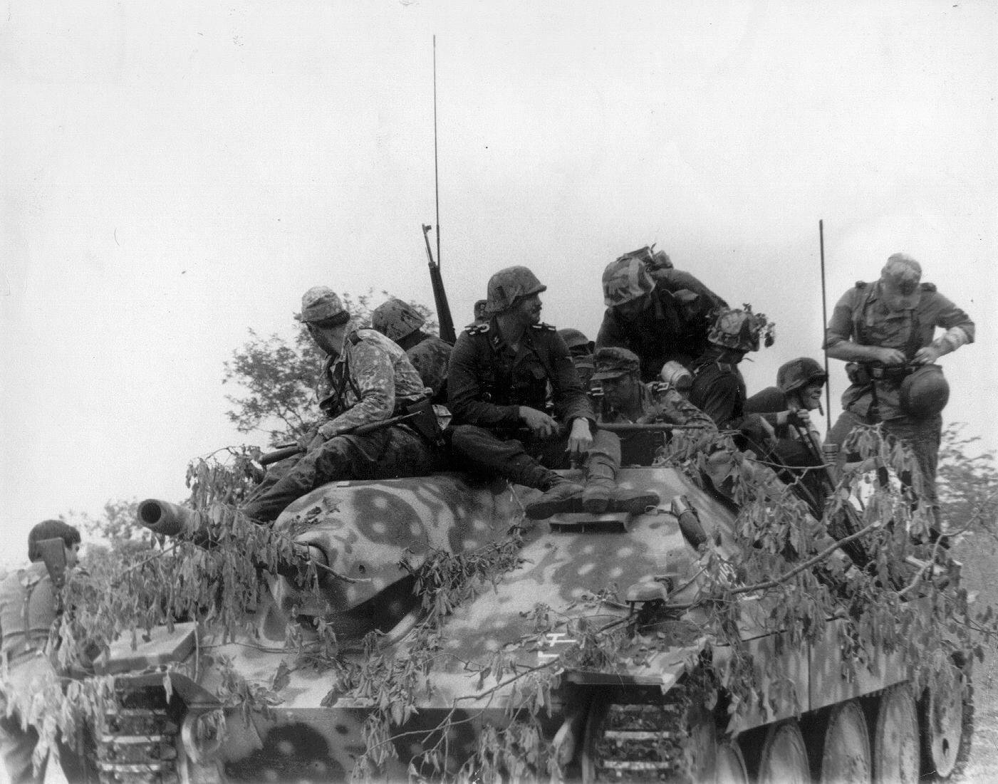 hetzer tank jagdpanzer hetzer pinterest panzer erster weltkrieg und soldaten. Black Bedroom Furniture Sets. Home Design Ideas
