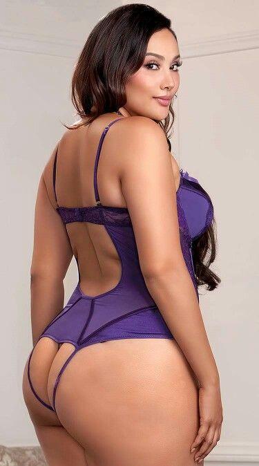 fat black naked women button