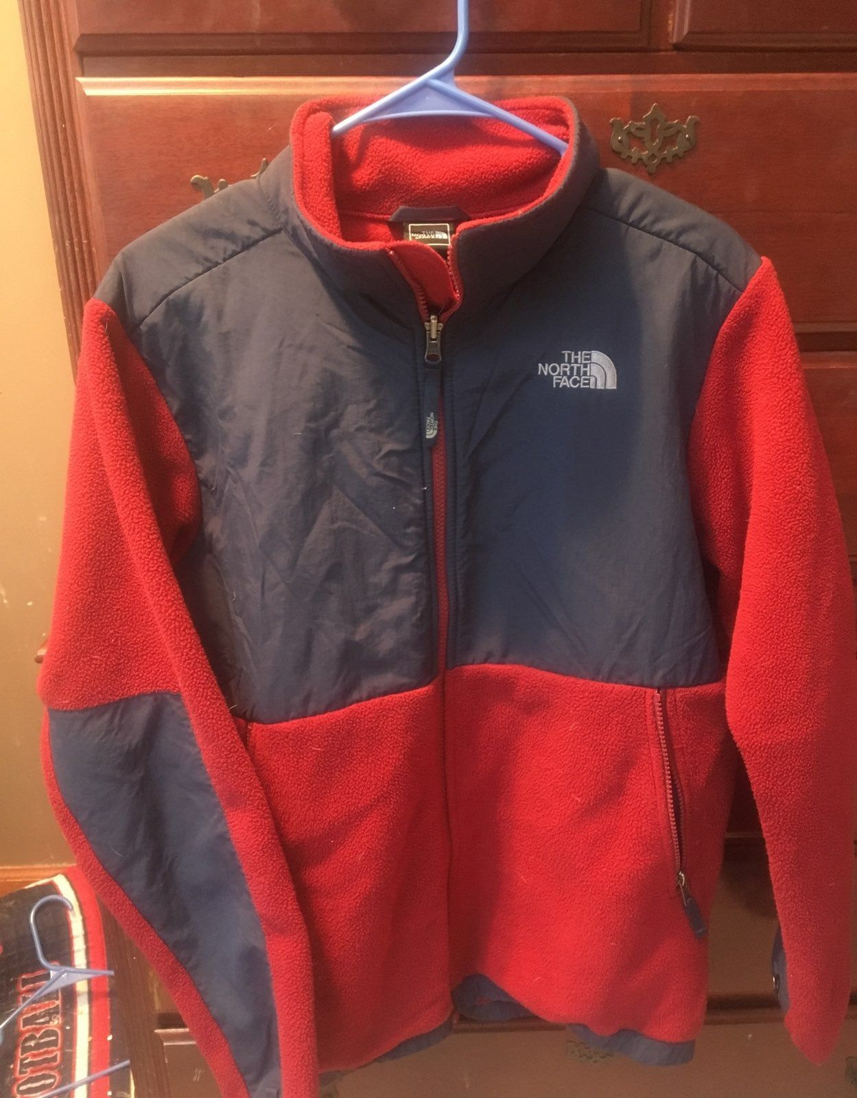 North Face Jacket It S Used But In Great Condition And Is A Size Youth Xl North Face Jacket The North Face Jackets [ 1600 x 1249 Pixel ]