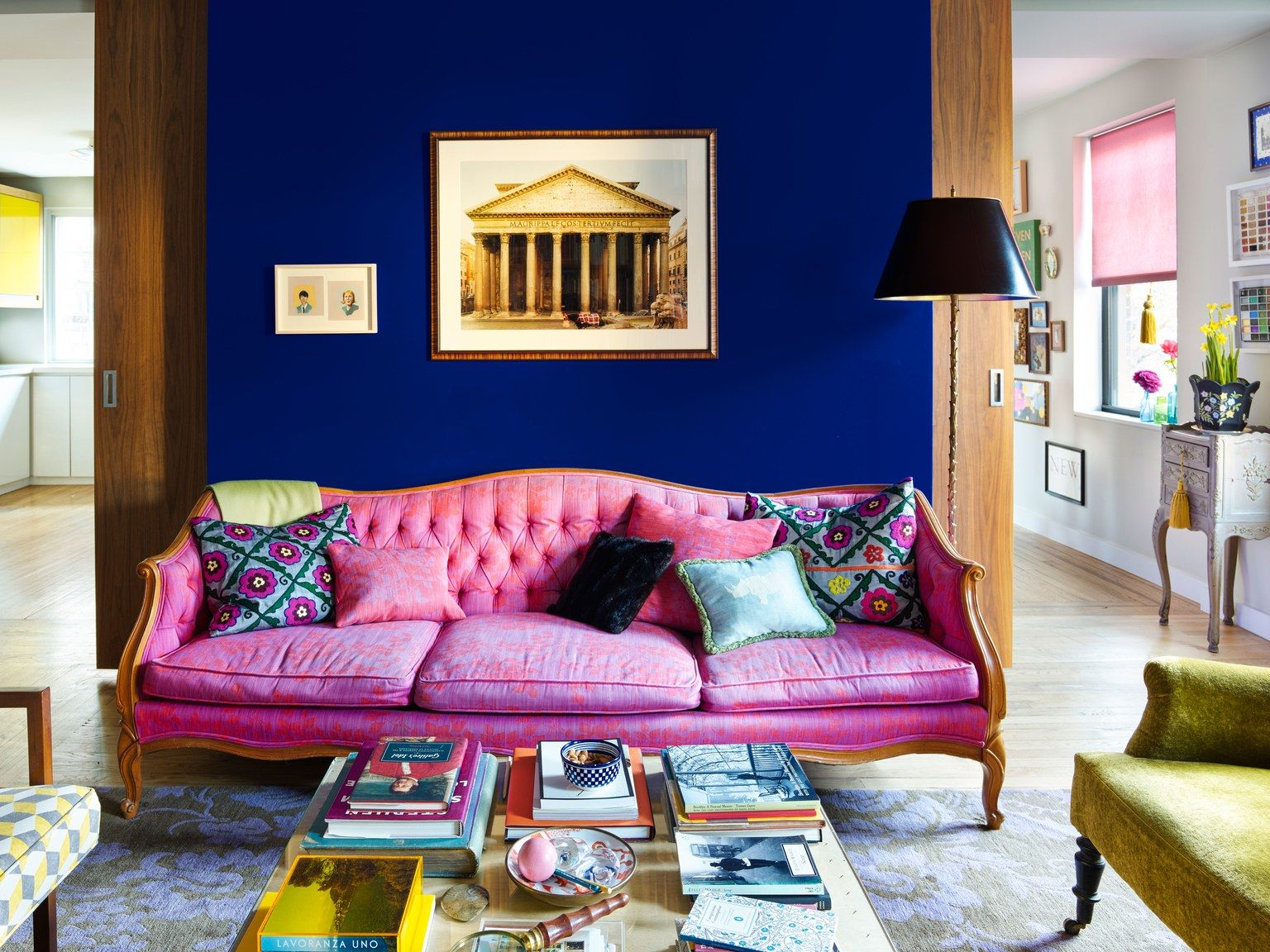 Interio Sofa Klein The 6 Design Truths We Learned From This Photographer S Bright