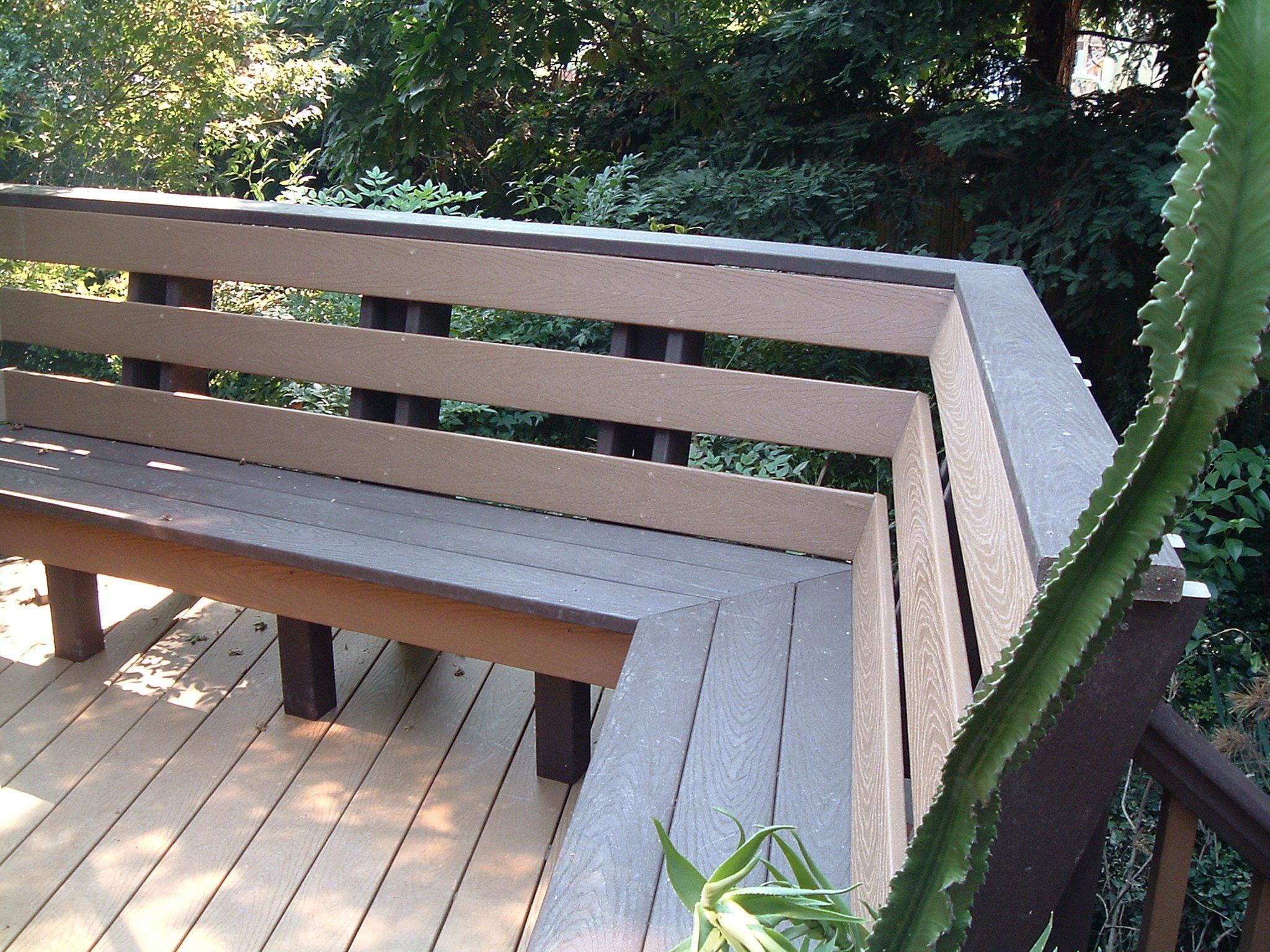 70+ Best Deck Bench Seating Design Ideas For Your Backyard   Decking ...
