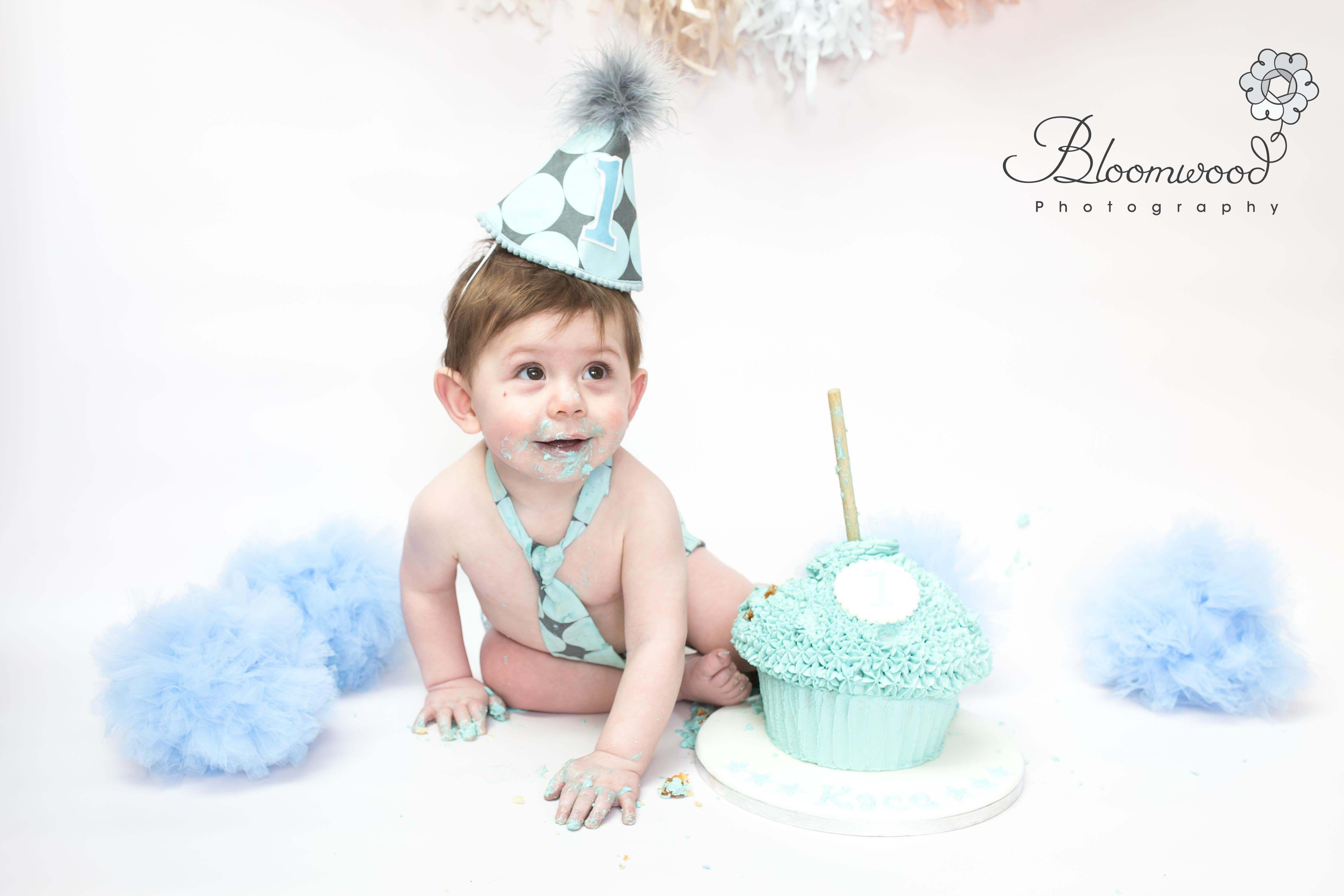 cake smash photoshoot near me