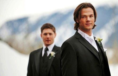 Jared Padalecki And Jensen Ackles At S Wedding You Look Dashing