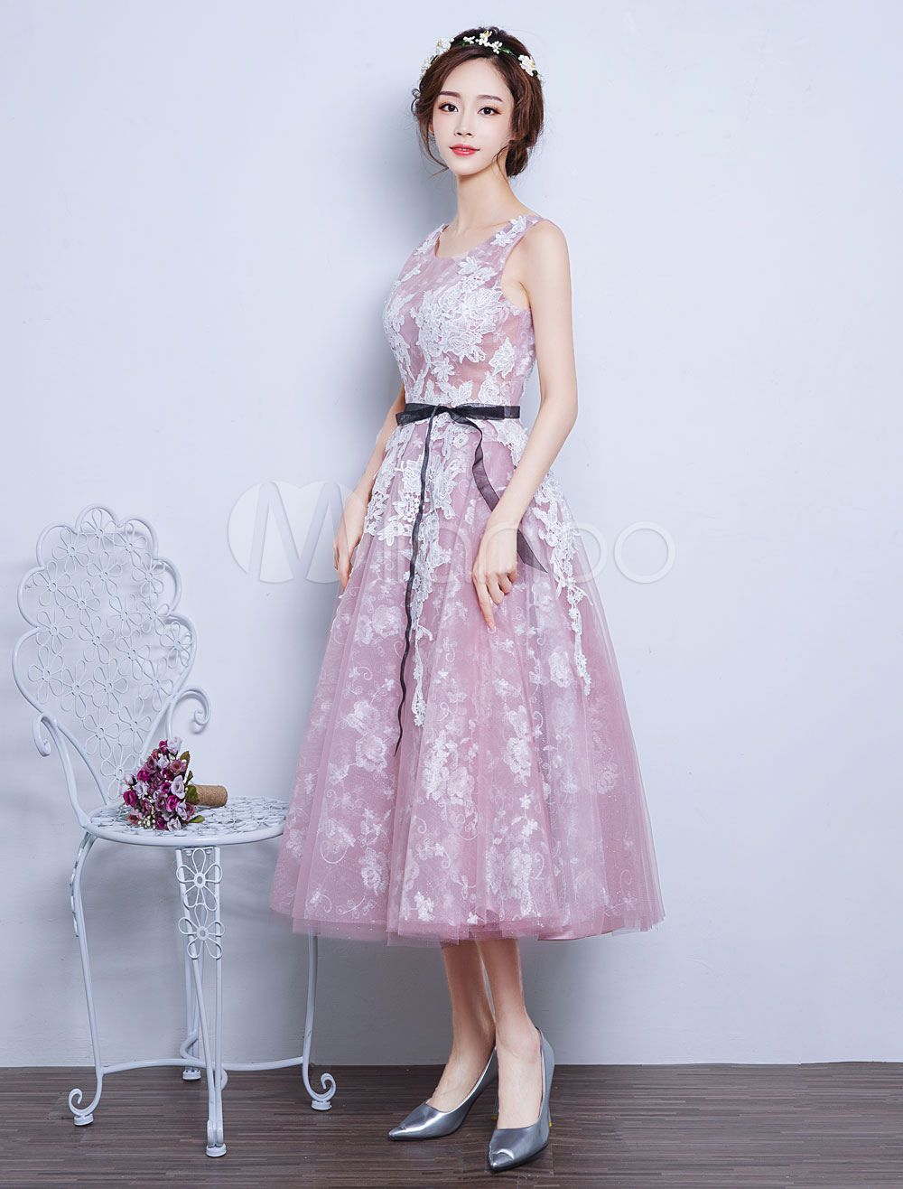 c554629da82bc Pink Prom Dresses 2018 Short Illusion Lace Applique Party Dress Scoop  Neckline Tea Length Floral Print Backless Graduation Dress With Sash #Lace,  #Illusion, ...