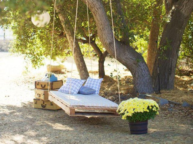 Lea perrilat palette lit balancoire r cup 39 palettes pinterest - Deco jardin en palette nice ...