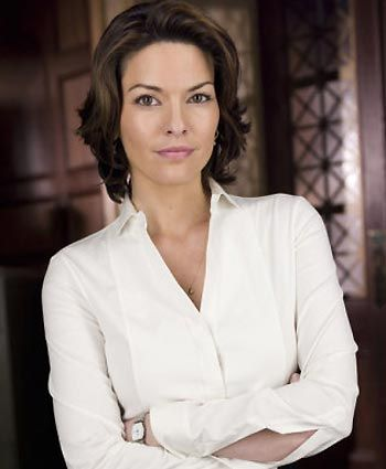 Law And Order Alana De La Garza With Images Law And Order