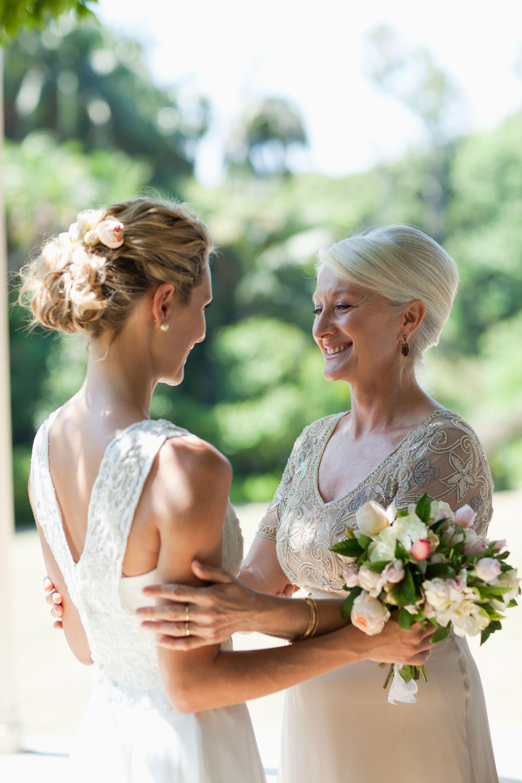 Was anziehen als Brautmutter? DIESE 5 Styling-Regeln solltest du ...
