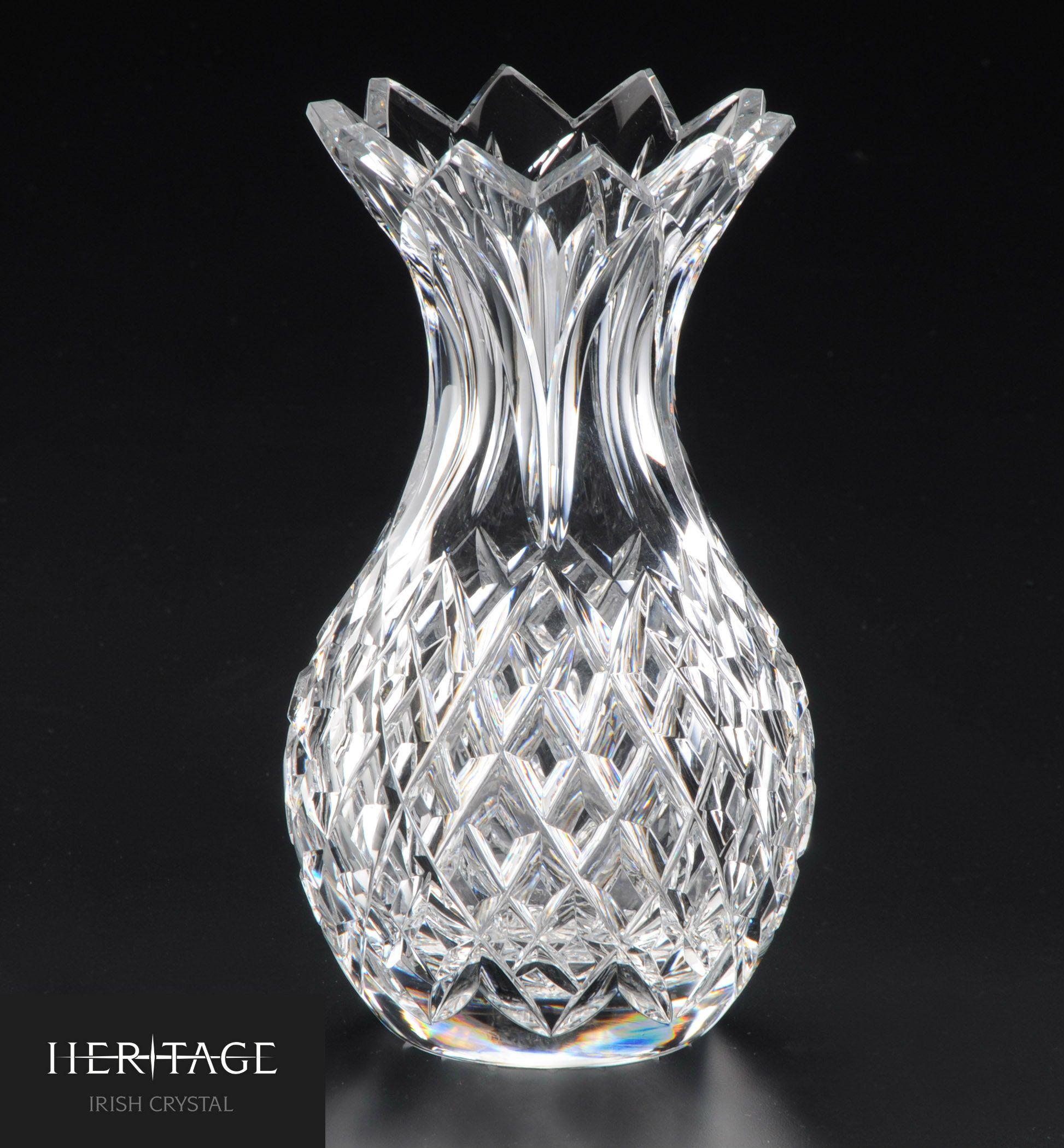 The heritage irish crystal pineapple vase is a pretty and fun the heritage irish crystal pineapple vase is a pretty and fun representation of this popular fruit reviewsmspy