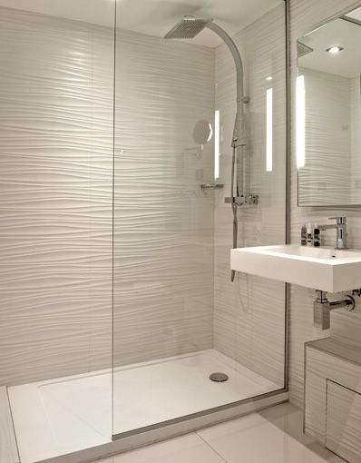 Porcelanosa group projects hotel rohan in strasbourg for Porcelanosa bathroom ideas
