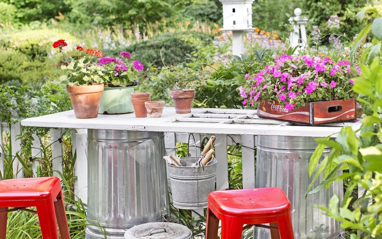 10 amazing designs of how to makeover funky garden ideas on wow awesome backyard patio designs ideas for copy id=98557