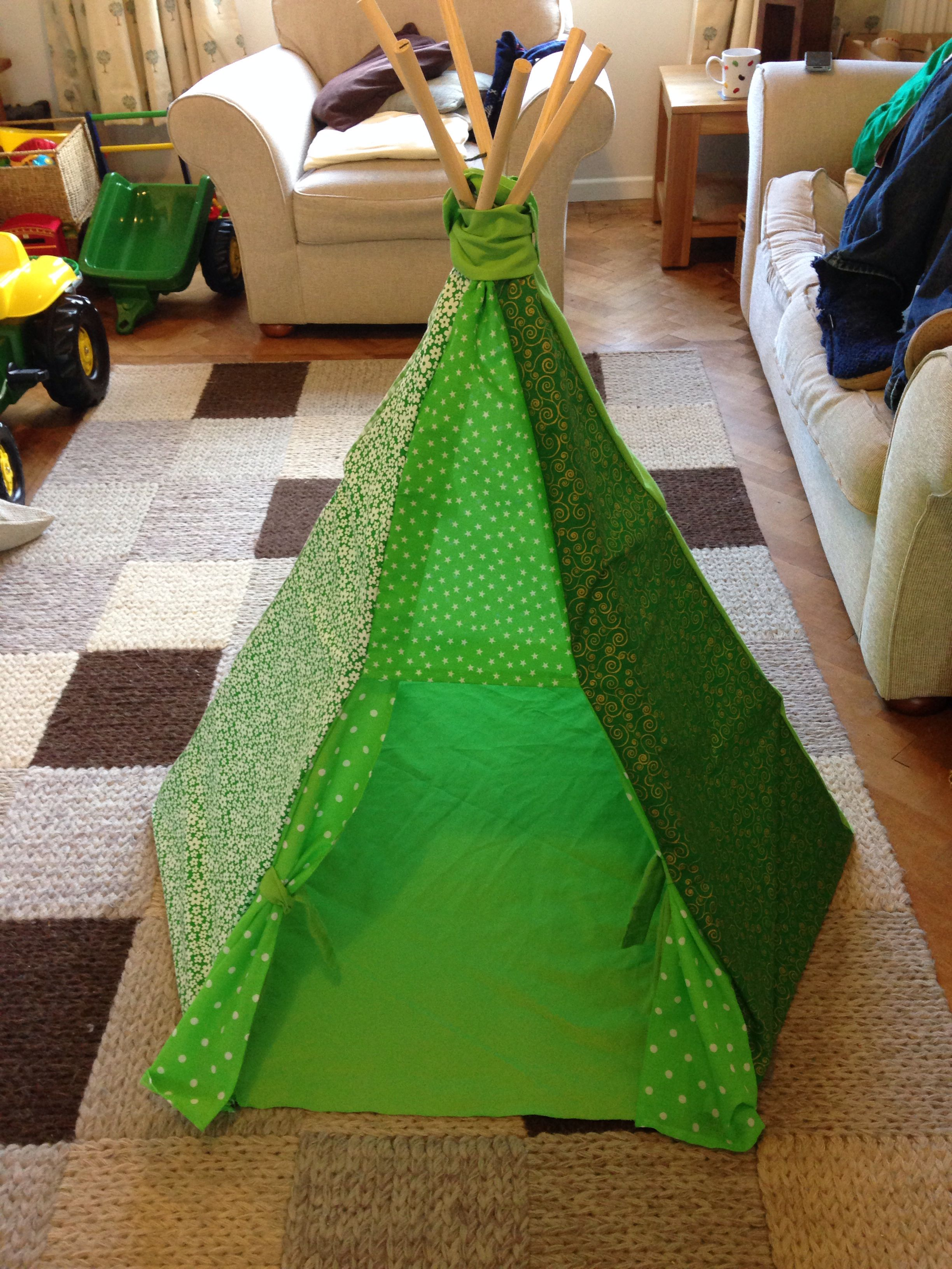 My teepee version 1 for emerald city - props for Wizard of Oz shoot - Wizard Of Oz Halloween Decorations