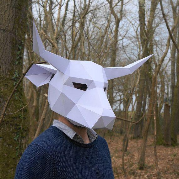 11a844e416 Máscara de Toro crear tu propia tarjeta reciclada por Wintercroft