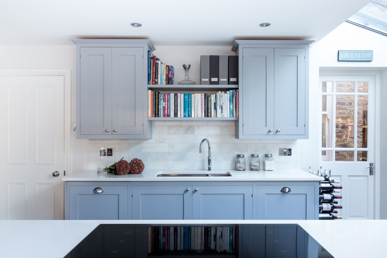 Frillen in dark grey | Sola Kitchens | Kitchen Diner Area ...