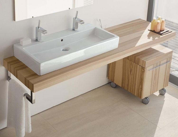 Holzmöbel badezimmer ~ Waschbecken für zwei und konsole aus hellem holz badezimmer