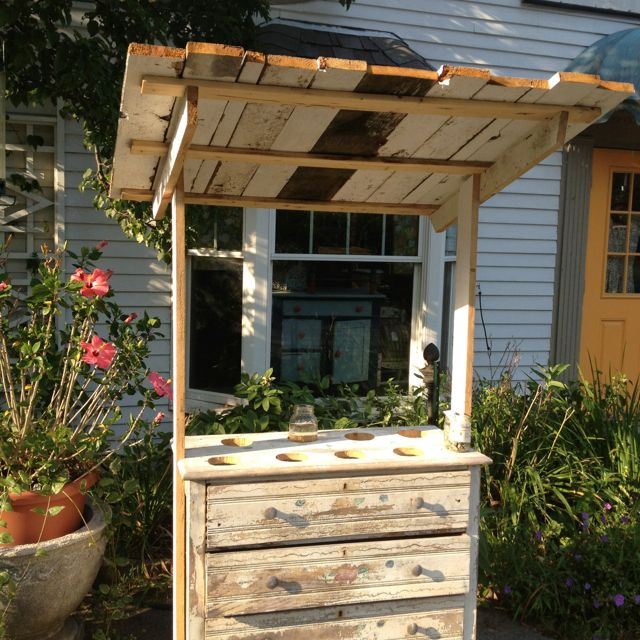 Make And Take Room In A Box Elizabeth Farm: Stand From Recycled Dresser! I'd Take Out Drawers And Make