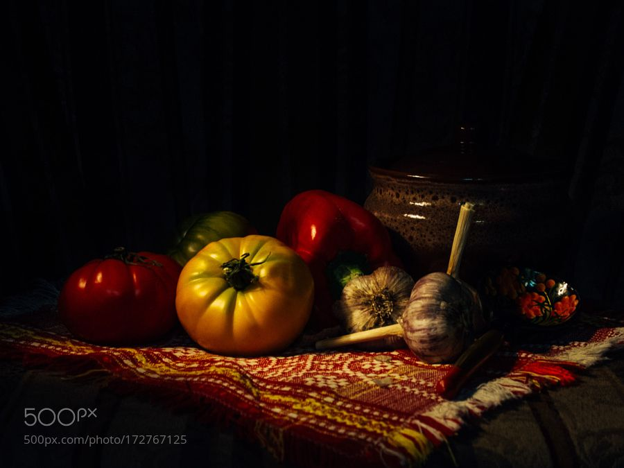Nature Morte  by eugeneostroumov