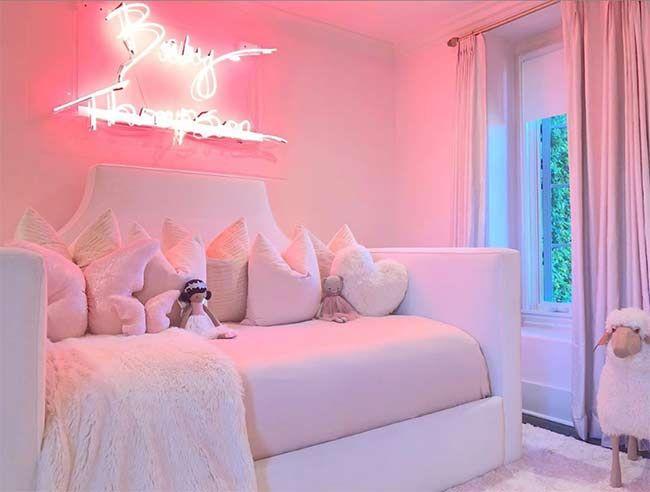 Khloé Kardashian shares a look inside baby True's beautiful nursery