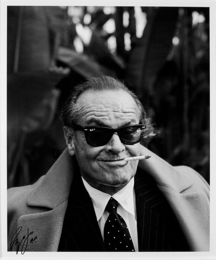 Jack Nicholson Ray Ban Sunglasses 53 Off Teknikcnc Com Jack nicholson was a world away from hollywood glamour when he accidentally popped a button while watching basketball in los angeles. teknikcnc com