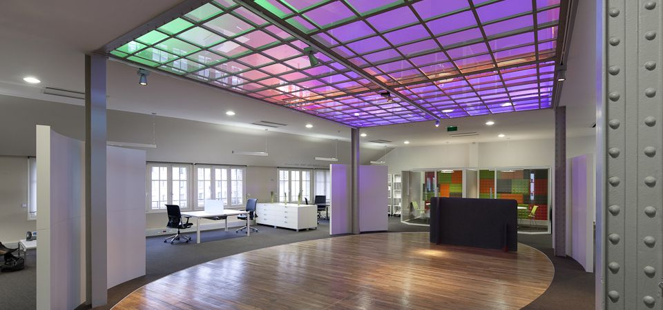 Cases Philips Lighting Contract