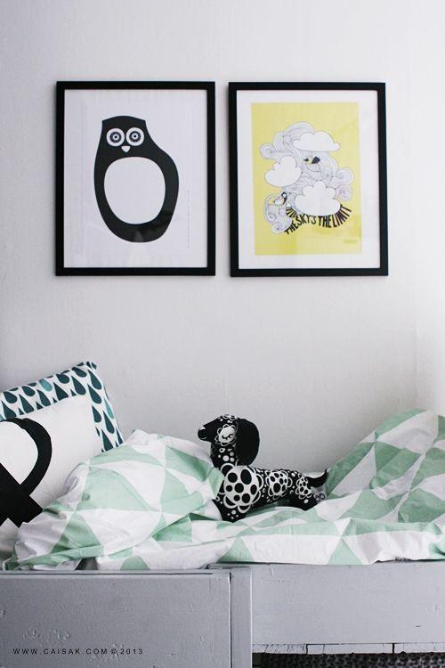 Textiles et coussins imprimés sur caisak.com prints av österbottniska designers.