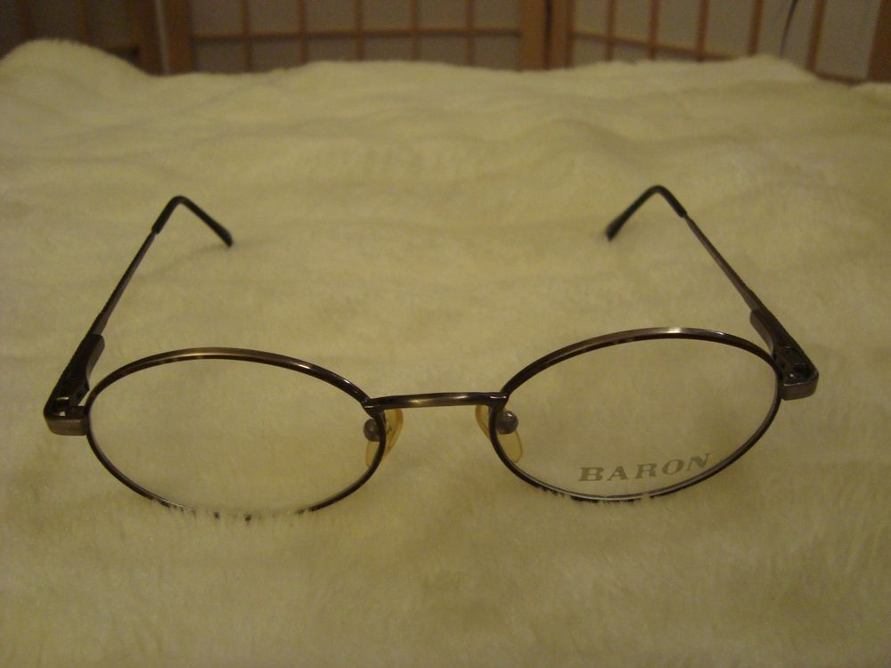 1a885293c1 Vintage Baron A7052 Speckled Oval Brown   Silver Eyeglasses Frame 50-19-140  AS4  Baron