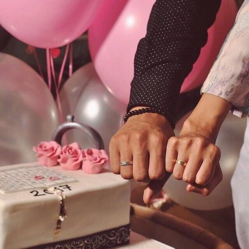 Pin By 7srey On صور خطوبة Engagement Images Wedding Pics Love Images