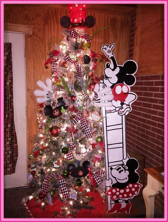 Mickey mouse decoracion navidad imagenes de mickey mouse for Adornos navidenos mickey mouse