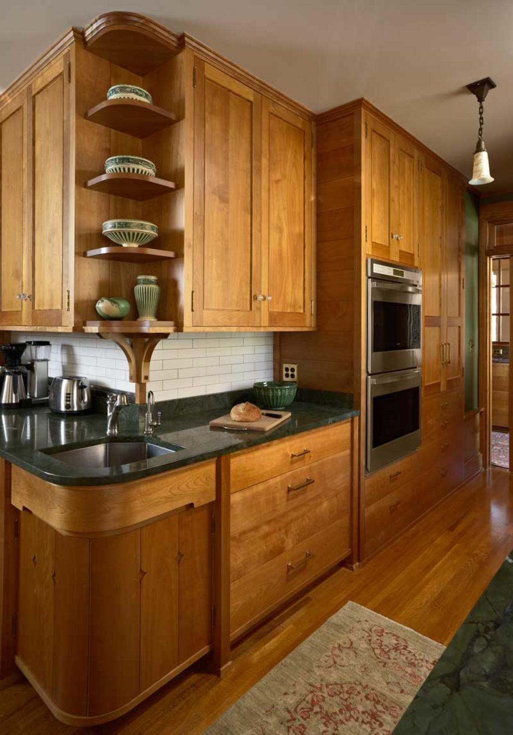 A Kitchen Of Art And Craft Design For The Arts Crafts House Arts Crafts Homes Online Kitchen Design Craftsman Kitchen Kitchen Remodel