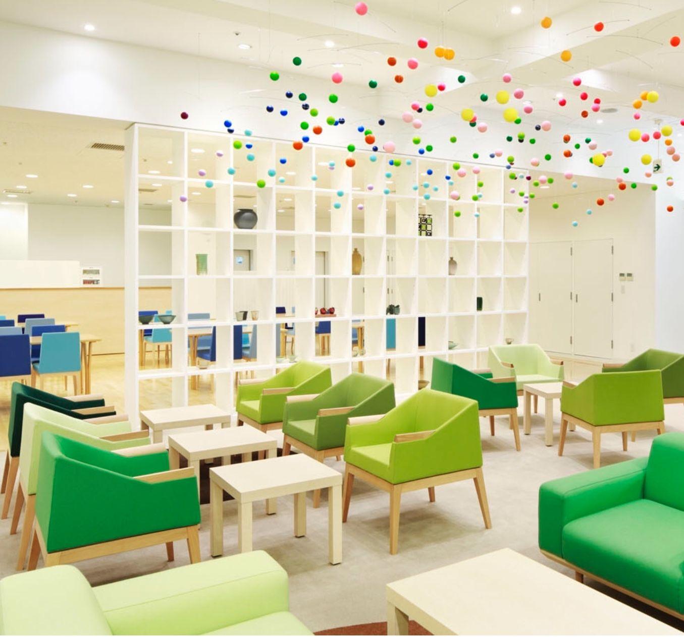 I Love The Design Of This Nursing Home The Lounge Area Of Shinjuen Nursing Home In Kawagoe Japan De Hospital Interior Design Hospital Design Hospital Interior