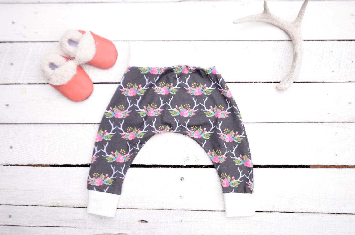 FLOWER CROWN baby leggings, BABY harem pants, cloth diaper pants, Baby shower…