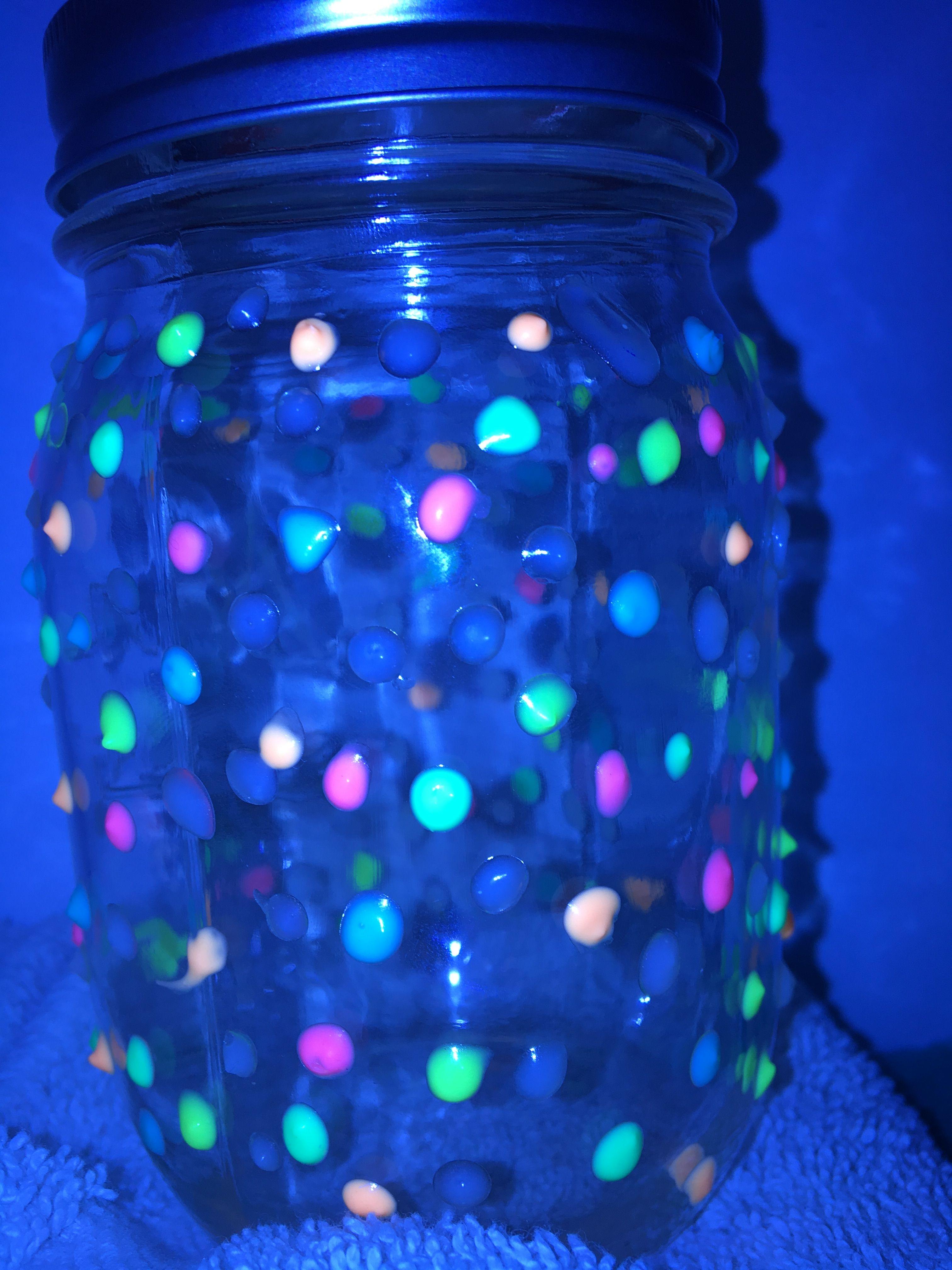 DIY glow in the dark mason jars | Diy glow, Mason jars, Diy