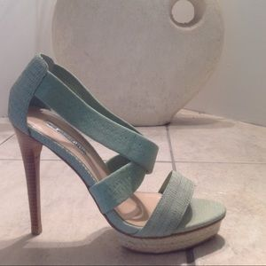 I just added this to my closet on Poshmark: HALSTON Suede Heels Size 7.5. Price: $55 Size: 7.5