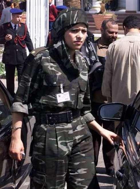 Gaddafi's All Female Bodyguards (38 pics)   Female soldier, Bodyguard,  Warrior woman