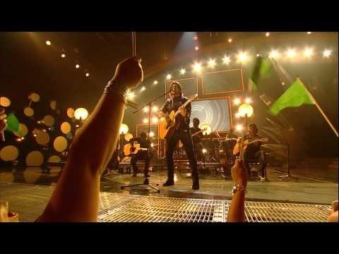 Juanes On His New Live Album Nada Valgo Sin Tu Amor A Dios Le Pido Premios Juventud Musica En Español Premios Juventud